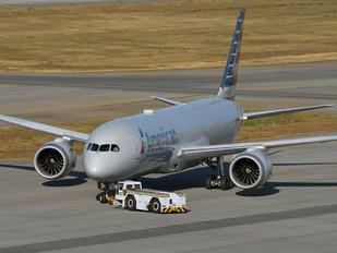 N824AN - American Airlines Boeing 787-9 Dreamliner