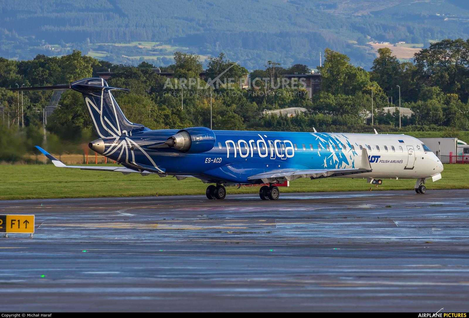 Nordica ES-ACD aircraft at Dublin