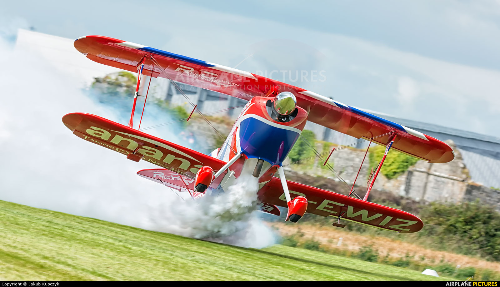 Rich Goodwin Airshows G-EWIZ aircraft at Birr