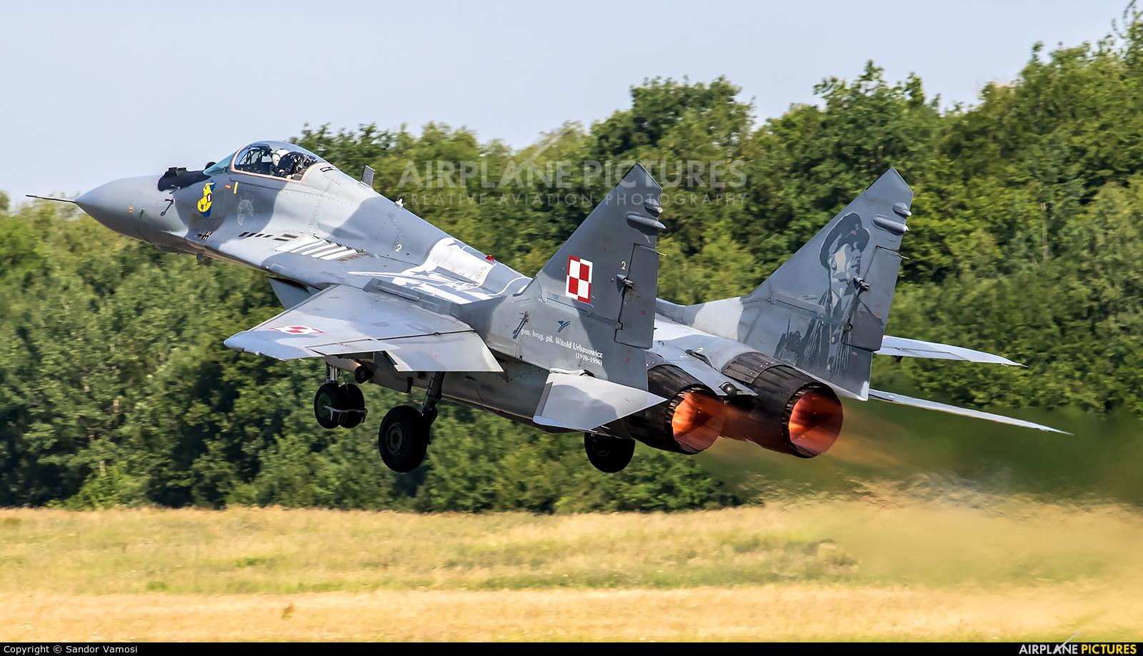 Poland - Air Force 40 aircraft at Florennes