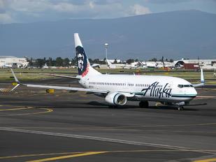 N537AS - Alaska Airlines Boeing 737-800