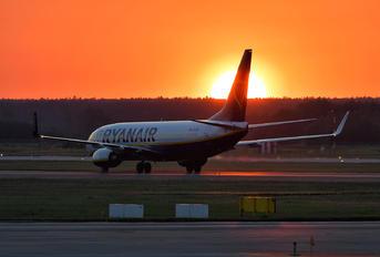 EI-EBI - Ryanair Boeing 737-800