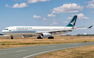 B-LAL - Cathay Pacific Airbus A330-300