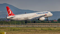 TC-JRU - Turkish Airlines Airbus A321 aircraft
