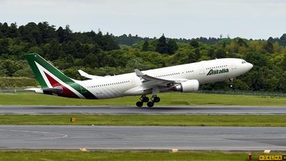 EI-EJK - Alitalia Airbus A330-200