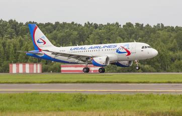 VP-BJV - Ural Airlines Airbus A319