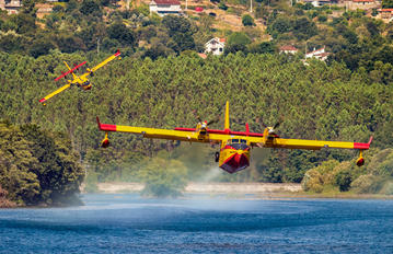 UD.13-20 - Spain - Air Force Canadair CL-215T