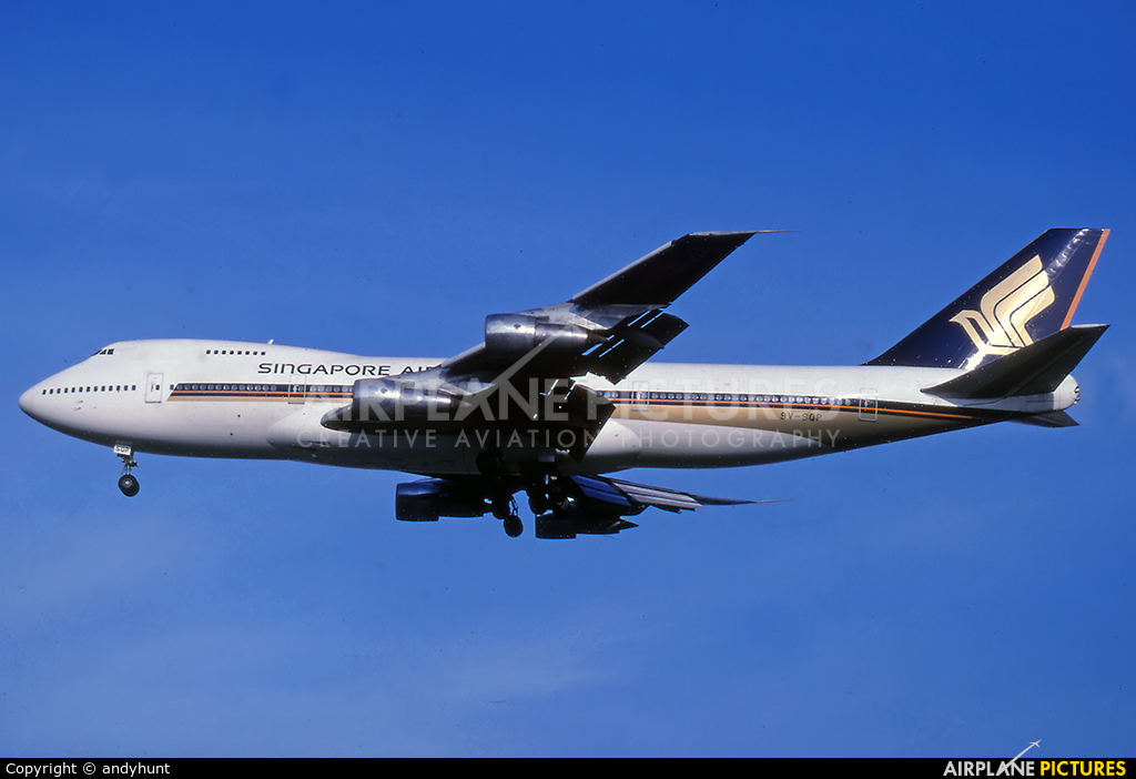 Singapore Airlines 9V-SQN aircraft at Singapore - Changi