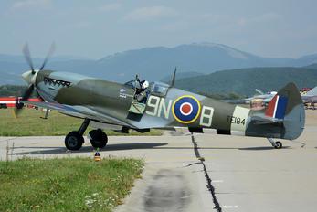G-MXVI - Private Supermarine Spitfire LF.XVIe