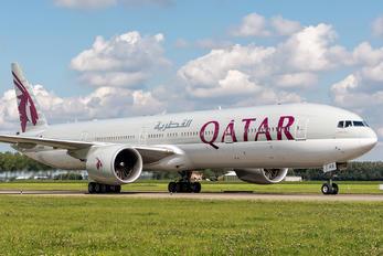 A7-BAS - Qatar Airways Boeing 777-300ER