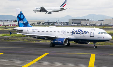N527JL - JetBlue Airways Airbus A320