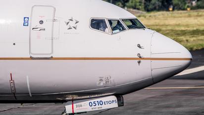 N77510N77510 - United Airlines Boeing 737-800