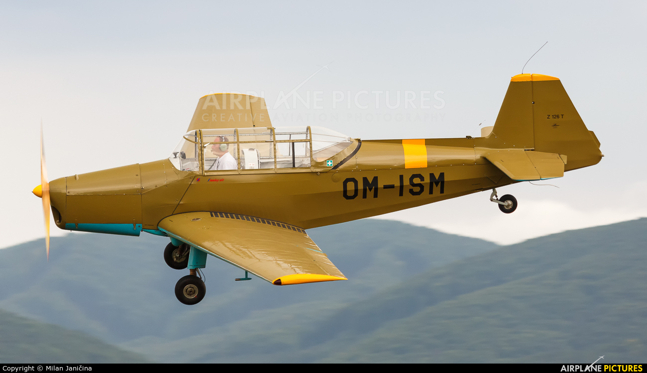 Private OM-ISM aircraft at Dubnica nad Vahom - Slavnica