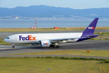 N862FD - FedEx Federal Express Boeing 777F