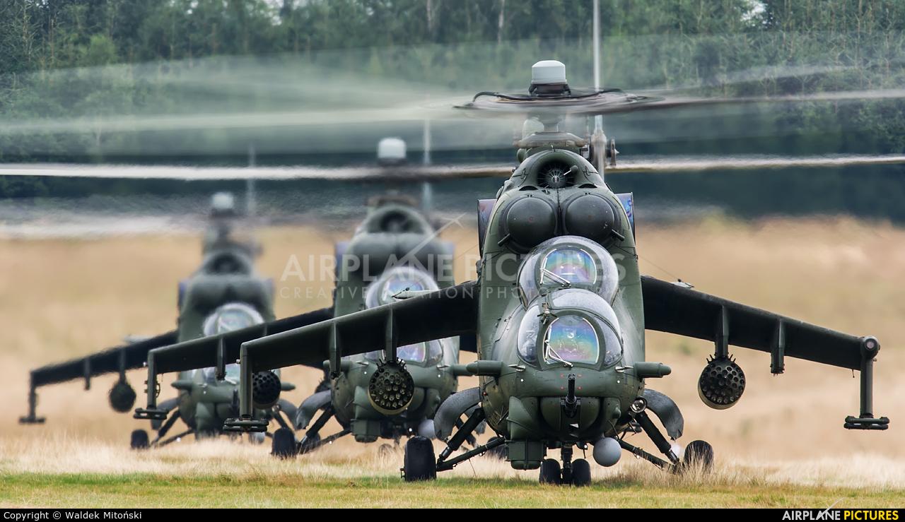 Poland - Army 739 aircraft at Nowy Targ