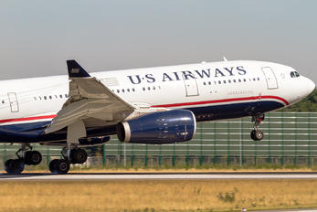 N281AY - US Airways Airbus A330-200