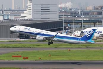 JA111A - ANA - All Nippon Airways Airbus A321