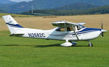 N2682C - Private Cessna 182T Skylane