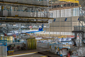 JA213A - ANA - All Nippon Airways - Airport Overview - Hangar