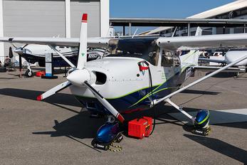 D-EEFI - Private Cessna 172 Skyhawk (all models except RG)