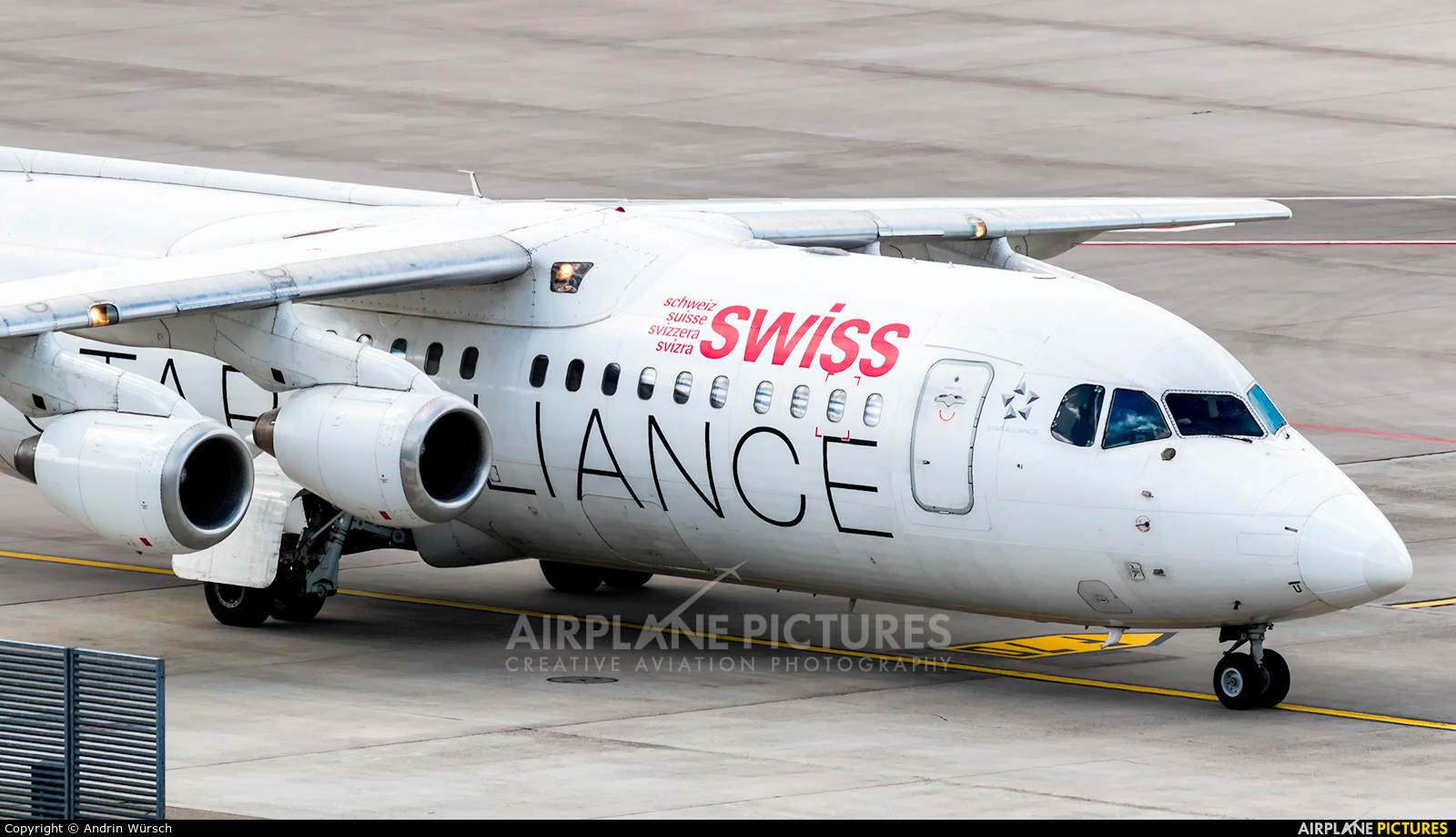 Swiss HB-IYU aircraft at Zurich