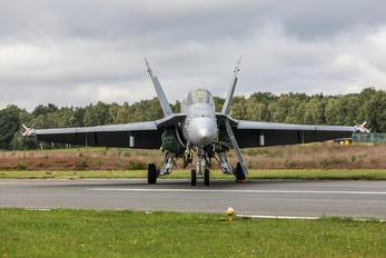 HN-454 - Finland - Air Force McDonnell Douglas F-18C Hornet