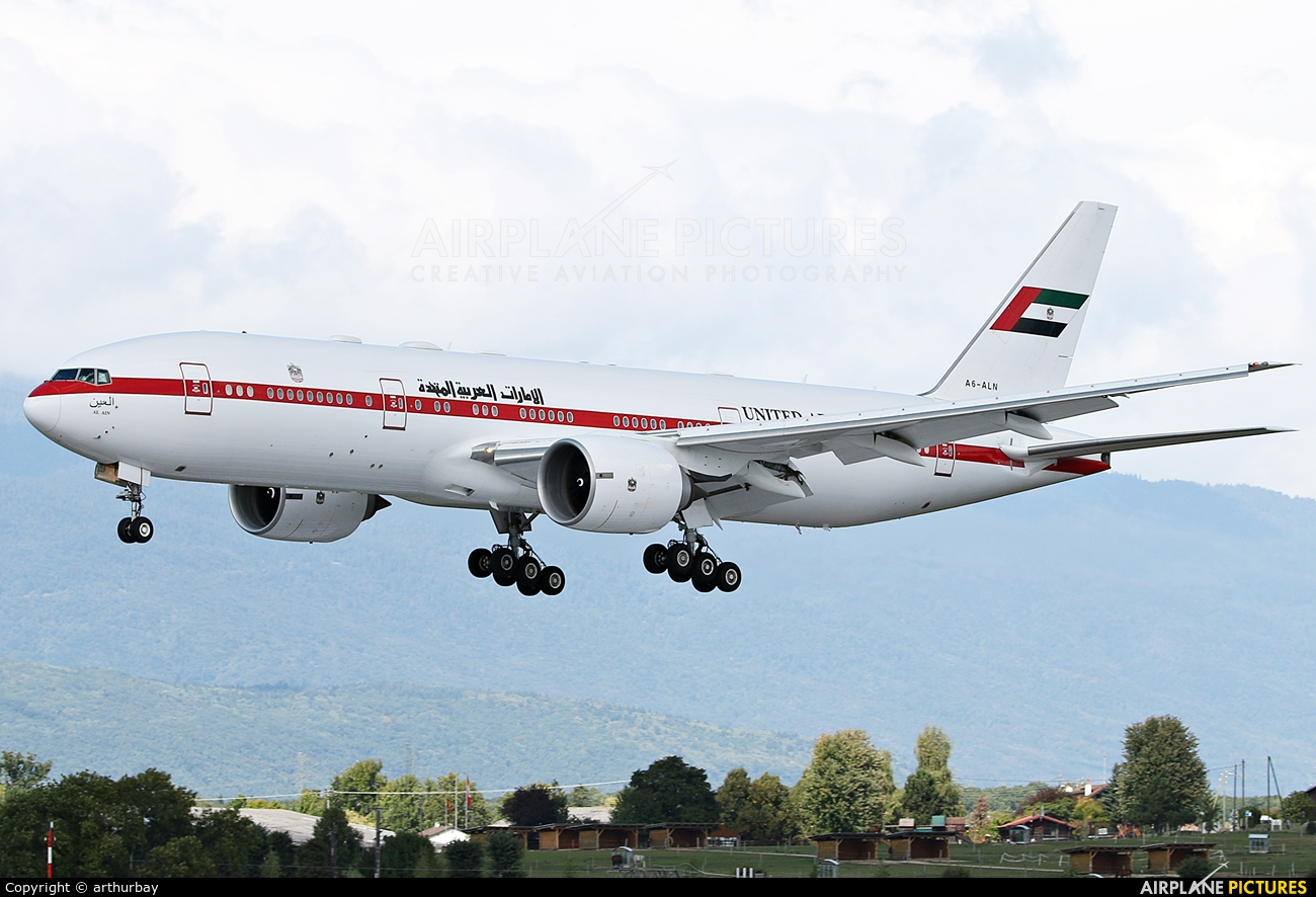 United Arab Emirates - Government A6-ALN aircraft at Geneva Intl