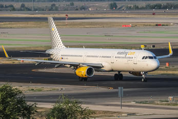 EC-MHB - Vueling Airlines Airbus A321