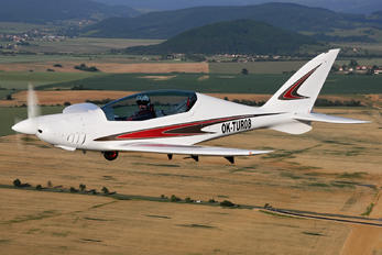 OK-TUR08 - Private Shark Aero Shark