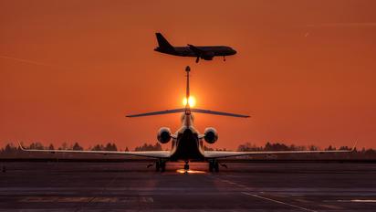 CS-DTT - Private Dassault Falcon 7X