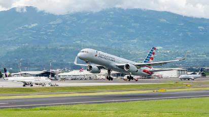 N185AN - American Airlines Boeing 757-200