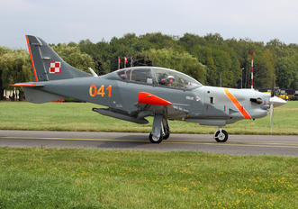 "041 - Poland - Air Force ""Orlik Acrobatic Group"" PZL 130 Orlik TC-1 / 2"