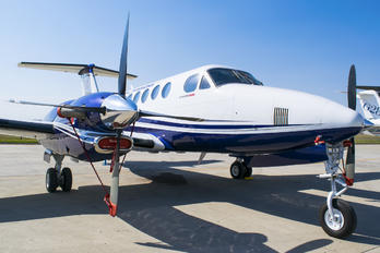 N350ER - Beechcraft Beechcraft 350 Super King Air