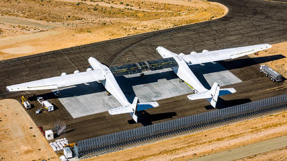N351SL - Scaled Composites Scaled Composites 351 Stratolaunch