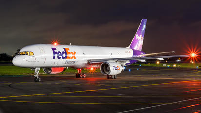 N941FD - FedEx Federal Express Boeing 757-200F