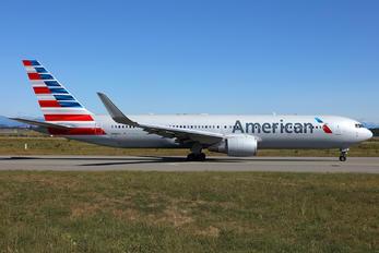 N389AA - American Airlines Boeing 767-300ER