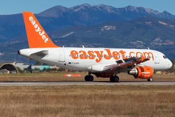 G-EZAA - easyJet Airbus A319