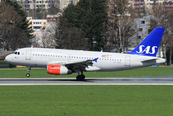 OY-KBR - SAS - Scandinavian Airlines Airbus A319