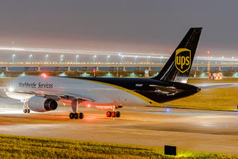 N446UP - UPS - United Parcel Service Boeing 757-200