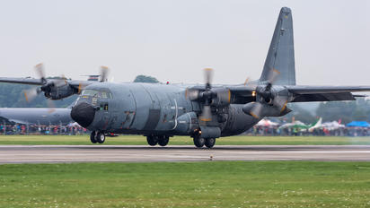 61-PJ - France - Air Force Lockheed C-130H Hercules