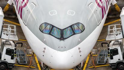 Qatar Airways - Airbus A350-900 A7-ALC