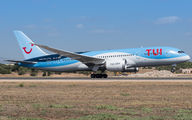 G-TUIC - TUI Airways Boeing 787-8 Dreamliner aircraft