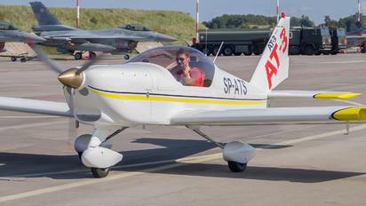 SP-ATS - 3AT3 Formation Flying Team Aero AT-3 R100