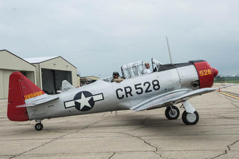 N85696 - Private North American Harvard/Texan (AT-6, 16, SNJ series)
