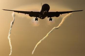 C-FKAU - Air Canada Boeing 777-300ER