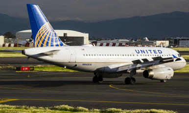 N843UA - United Airlines Airbus A319