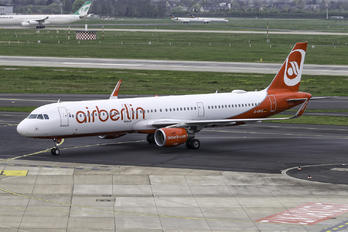 D-ABCO - Air Berlin Airbus A321