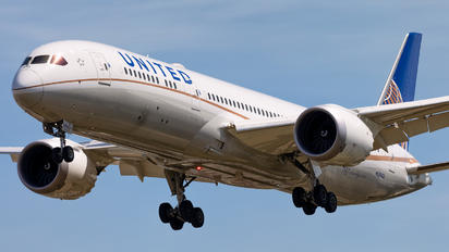 N29968 - United Airlines Boeing 787-9 Dreamliner