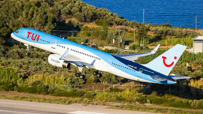 G-BYAW - TUI Airways Boeing 757-200