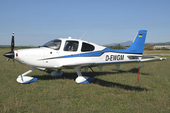 D-EWGM - Private Cirrus SR22T